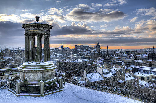 Ross G Strachan - An Edinburgh Winter