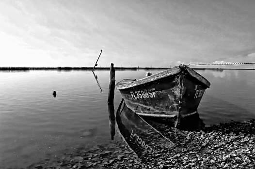 An Oyster Boat by Lynn Jordan