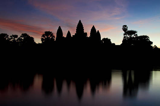 Anbgkor Wat temples by Thomas Pfeller