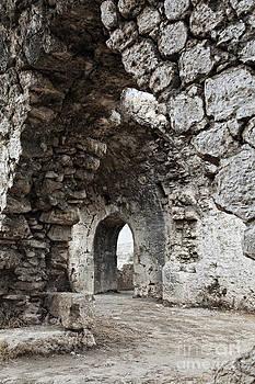 Sophie McAulay - Ancient Side byzantine hospital