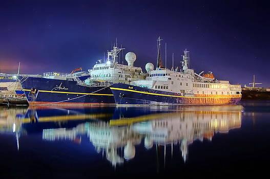 Andrea y Monet by Ships in Split