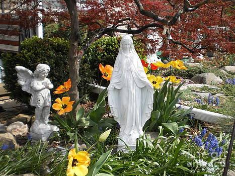 Angel in the Garden by Leonard Lukomski