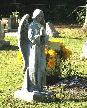 Angel of Pray by De Beall