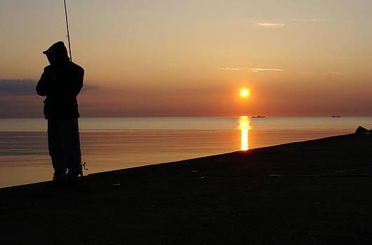 Gynt   - Angler of the pier