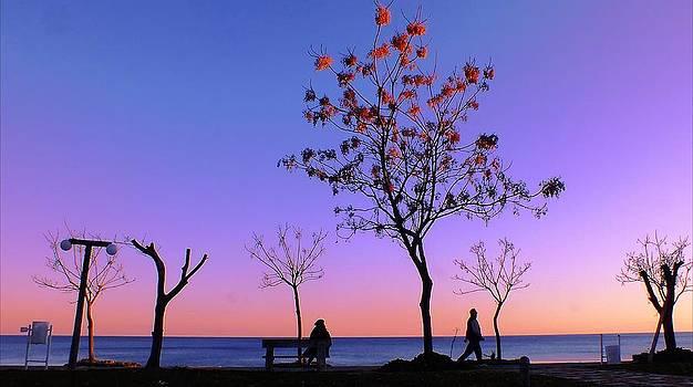 Antalya- Konyaalti by Kazim Yurekli