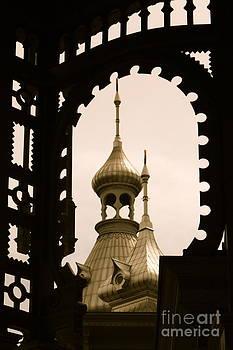 Danielle Groenen - Antique Minaret