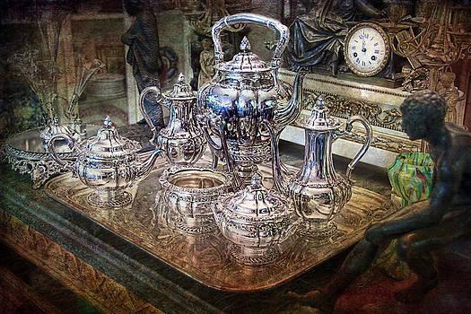 Gunter Nezhoda - Antique Tiffany Sterling Silver Coffee Tea set