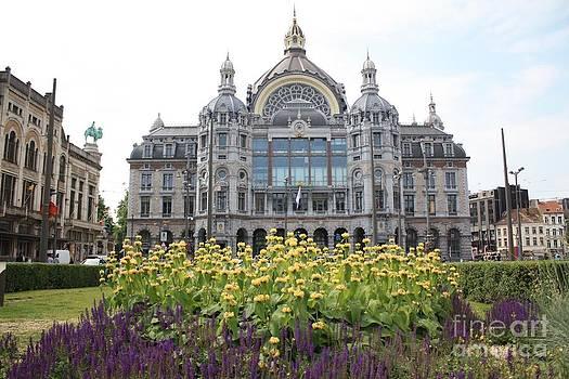 Danielle Groenen - Antwerp Central Station