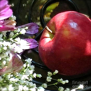 Appleflowers by Susan Townsend