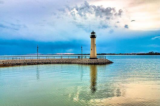 Aqua Light by Claudia Holt