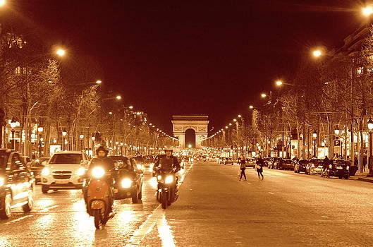 Arc De Triomphe 4 by Riad Belhimer