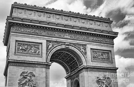 Arc de Triomphe by Jaymes Williams