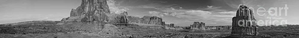 Tim Mulina - Arches 1 Panorama BW