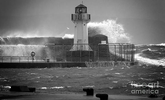 Ardrossan Lighthouse Versus the Sea by Fiona Messenger