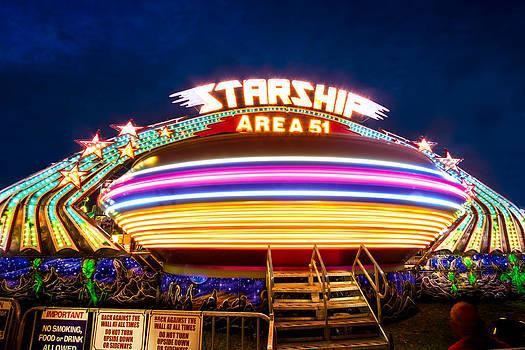 Area 51 Gravitron by Mark Andrew Thomas