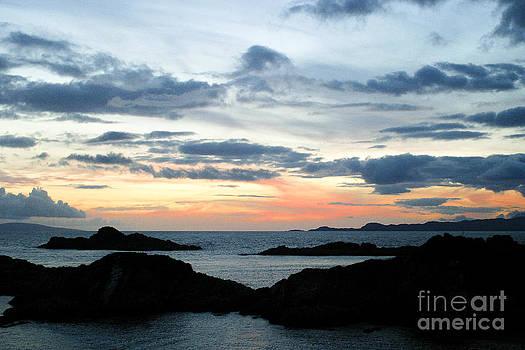 Arisaig Sunset by Alan Oliver