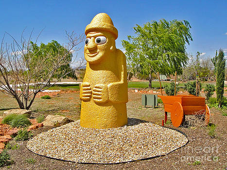 Gregory Dyer - Arizona Harubang Statue