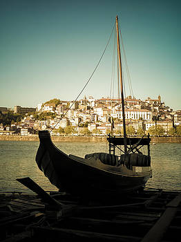 At Douro river by Alicia Garcia Monedero