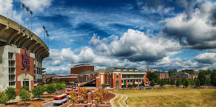 Auburn by Robert Hainer