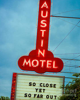 Sonja Quintero - Austin Motel So Far Out