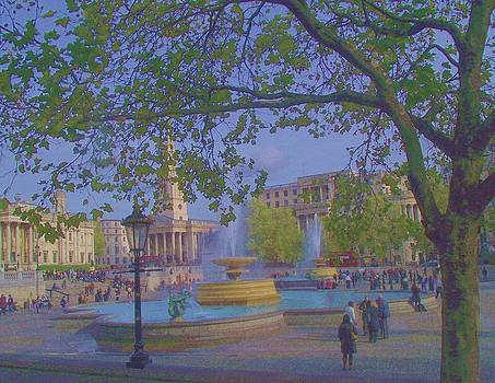 Autumn at Trafalgar Square by Lois Bailey
