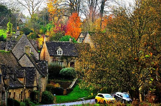 Autumn Cottages by Fred Whalley