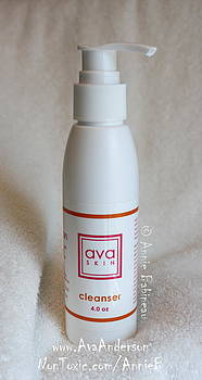 Ava Anderson Nontoxic Cleanser by Annie Babineau