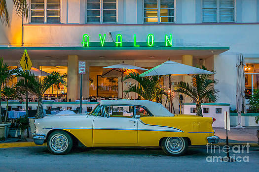 Ian Monk - Avalon Hotel and Oldsmobile 88 - South Beach - Miami