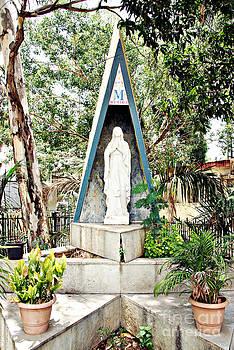 Ave Maria by Floyd Menezes
