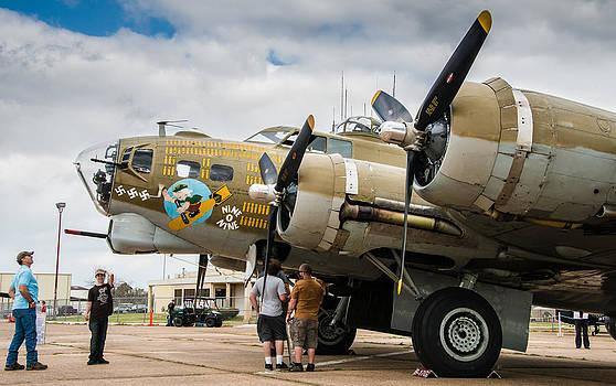 Alan Roberts - B-17 on the Ground
