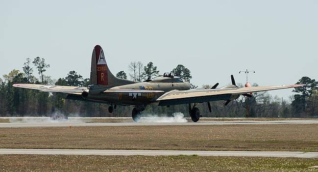 Alan Roberts - B-17 Smokes it In