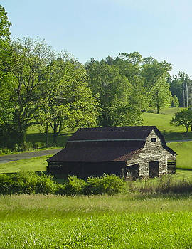 Backroads barn by Robert J Andler