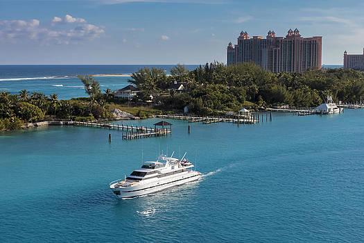 Bahamas- Paradise Island by Jianghui Zhang