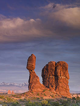 Balanced Rock at Sunset by Richard Berry