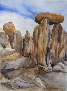 Joshua Tree Balancing Rock by Lynne Bolwell