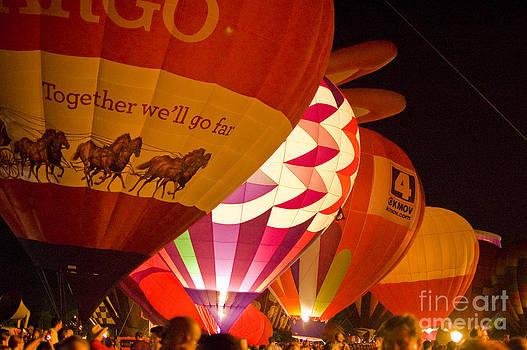 Tim Mulina - Balloon Glow 5