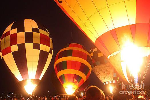 Gary Gingrich Galleries - Balloon-Glow-7950