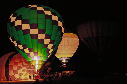 Balloon Glow by Donna Vasquez