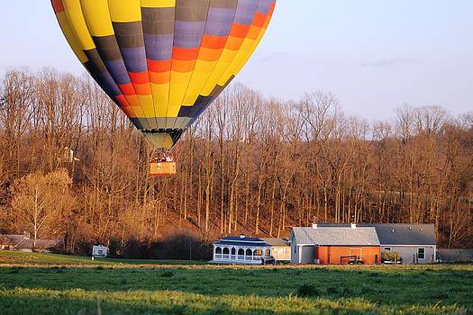 Balloon Landing by Rick Weiberg