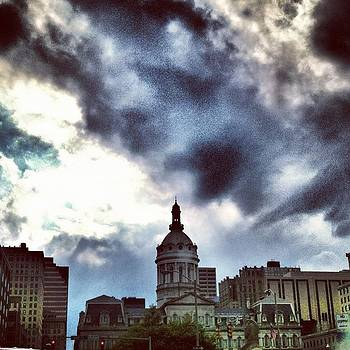 Baltimore City Hall by Toni Martsoukos