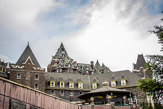 Alanna DPhoto - Banff Springs Resort Castle
