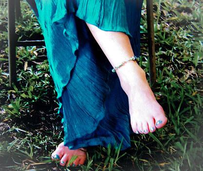 Christy Usilton - Barefoot