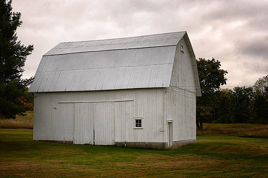Barn by LaTrice Dixon