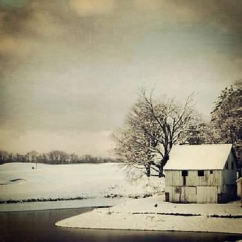 #barn #makefieldhighlands #golfcourse by Brian Harris