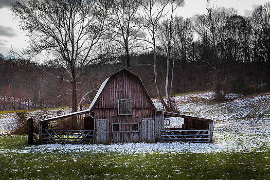 Ron Pate - Barn with Snow