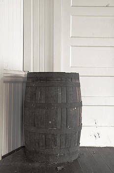 Marilyn Wilson - Old Wooden Barrel - black and white