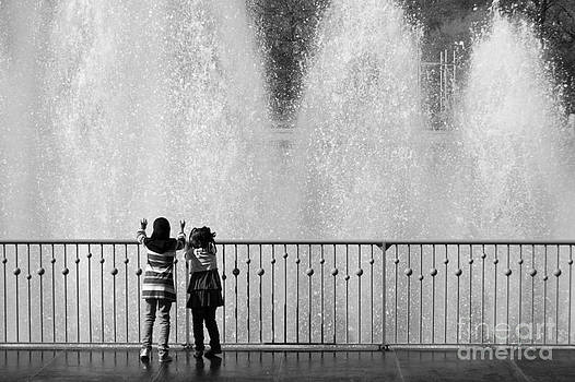 Battersea Park Fountains by John Basford
