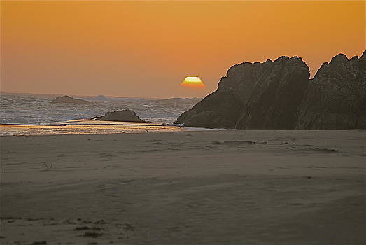 Beach at Sunset by Richard Hinger