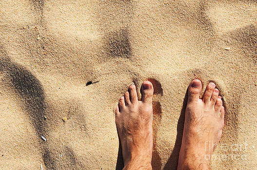 Beach barefoot by Luis Alvarenga