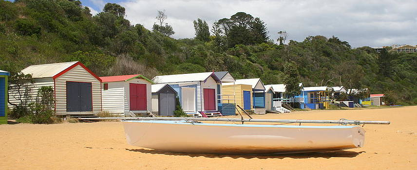 Beach box boat by Rachael Curry